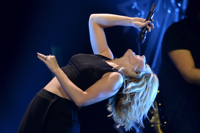 Ellie Goulding performs during the KIIS FM's iHeartRadio Jingle Ball 2015 concert at Staples Center in Los Angeles, California, Dec. 4, 2015. (Kevork Djansezian/Reuters)