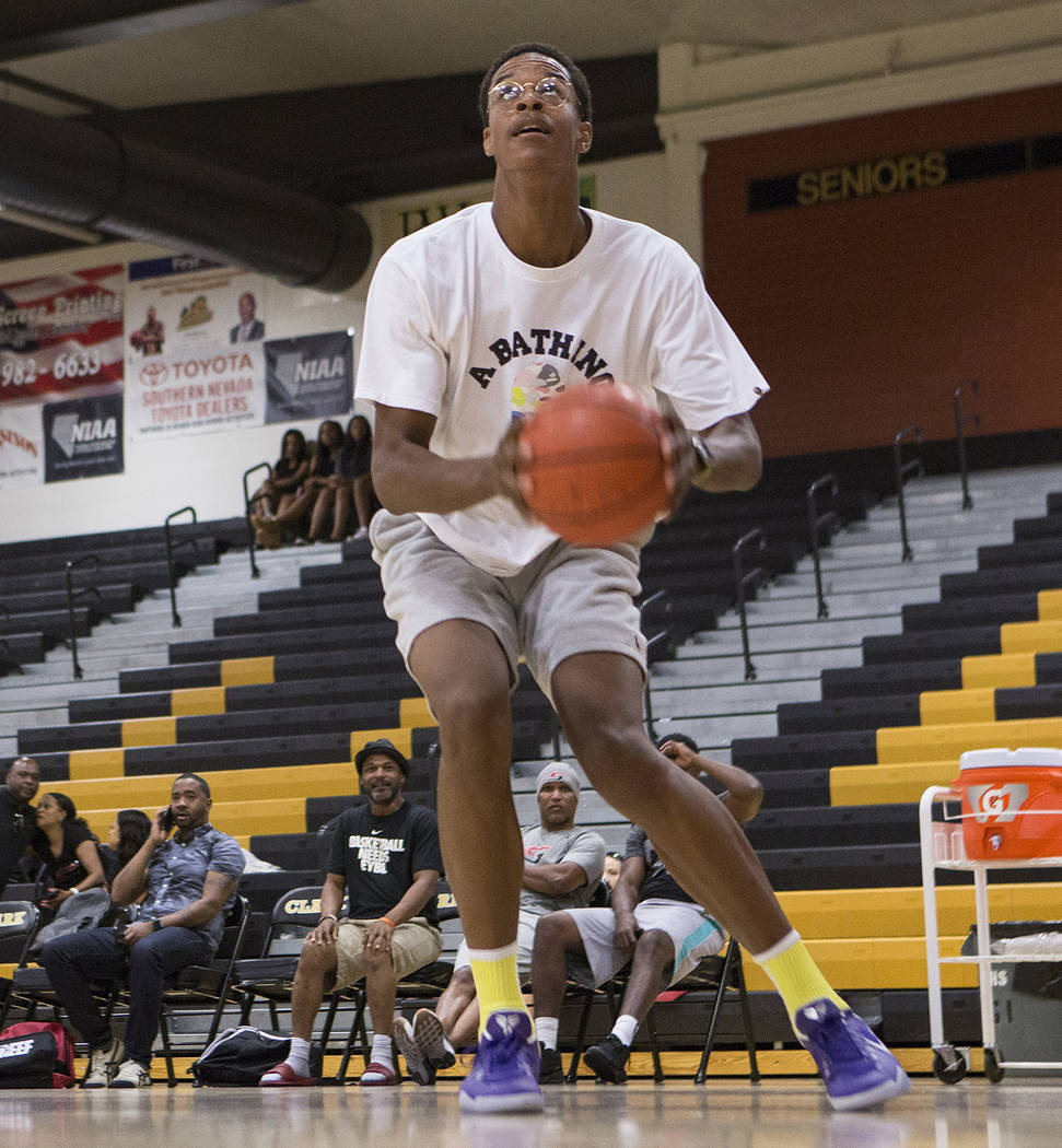 Cal Supreme player Shareef O'Neal, son of Shaquille O'Neal, practice with teammates at Ed W. Clark High School in Las Vegas on Wednesday, July 26, 2017.  Bridget Bennett Las Vegas Review-Journal @ ...