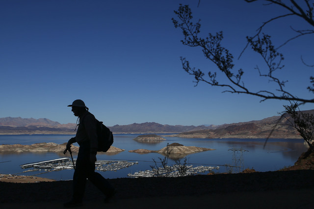Richard Sklar hikes along the Historic Railroad Trail at Lake Mead National Recreation Area on Tuesday, Feb. 14, 2017. Chase Stevens/Las Vegas Review-Journal) @csstevensphoto