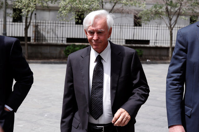 Professional sports gambler Bill Walters departs Federal Court after a hearing in New York City, June 1, 2016. (Lucas Jackson/Reuters)