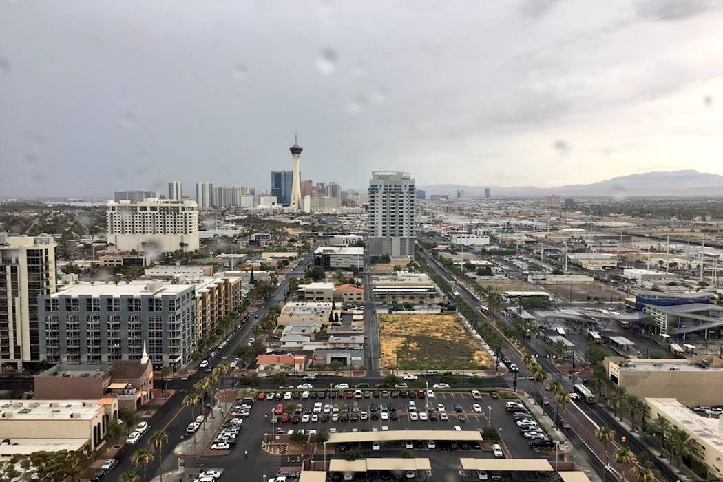 The view of the rain from the 16th floor of the Regional Justice Center in downtown Las Vegas. (David Ferrara/Las Vegas Review-Journal)