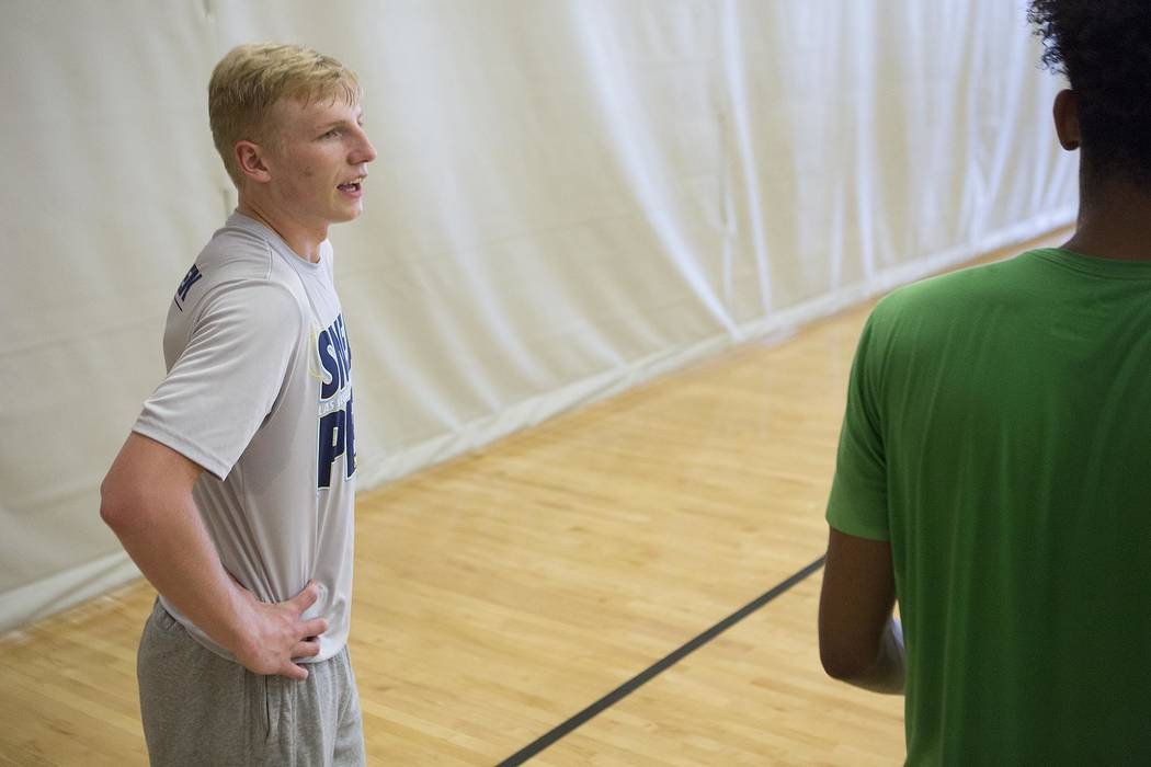 Trey Woodbury talks to a teammate during a Vegas Elite practice in Las Vegas on Tuesday, July 25, 2017.  Bridget Bennett Las Vegas Review-Journal @bridgetkbennett