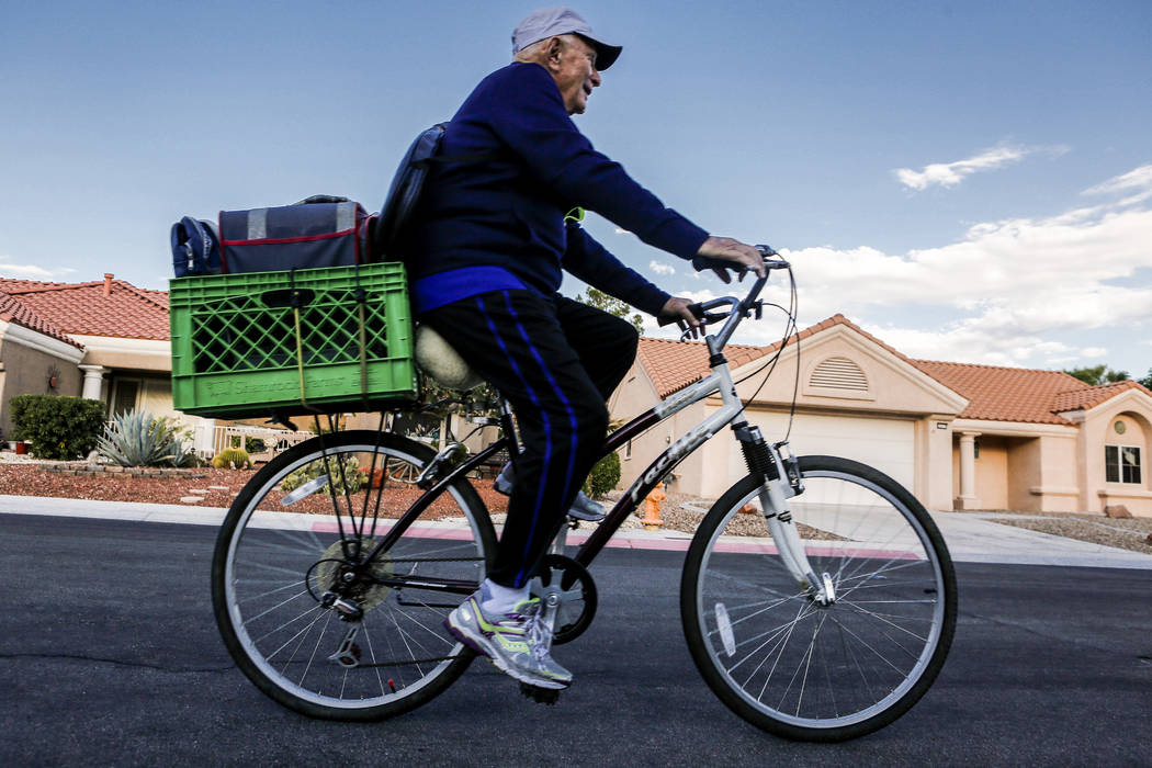 Dr. Len Kreisler, 87, begins his morning bike ride to the Mountain Shadows Community Center in Summerlin on Monday, July 31, 2017. (Patrick Connolly/Las Vegas Review-Journal) @PConnPie