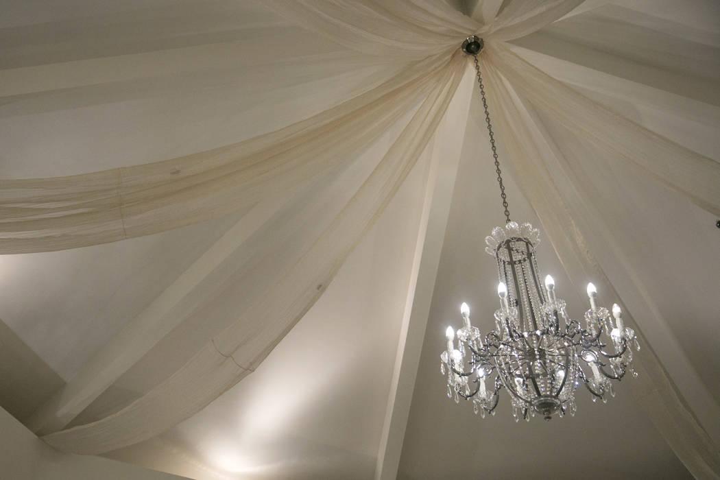 A chandelier hangs in the Garden Wedding Chapel at The Flamingo Hotel & Casino in Las Vegas, Thursday, Aug. 3, 2017.  Gabriella Angotti-Jones Las Vegas Review-Journal @gabriellaangojo