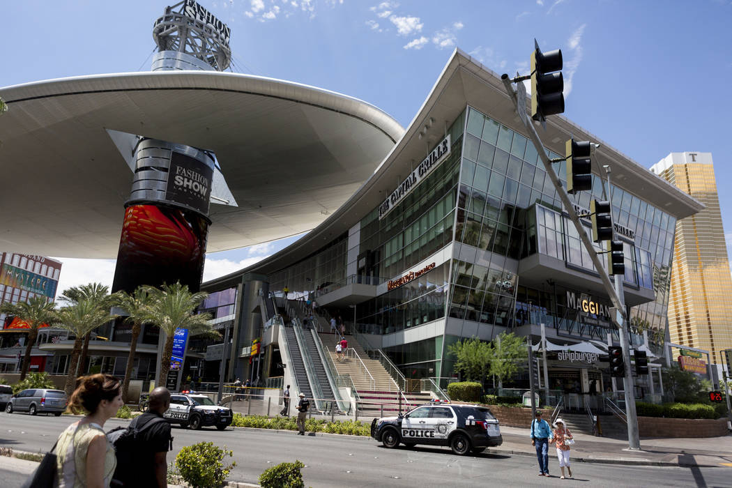 Las Vegas Police Investigate An Appa At Fashion Show Mall On Boulevard