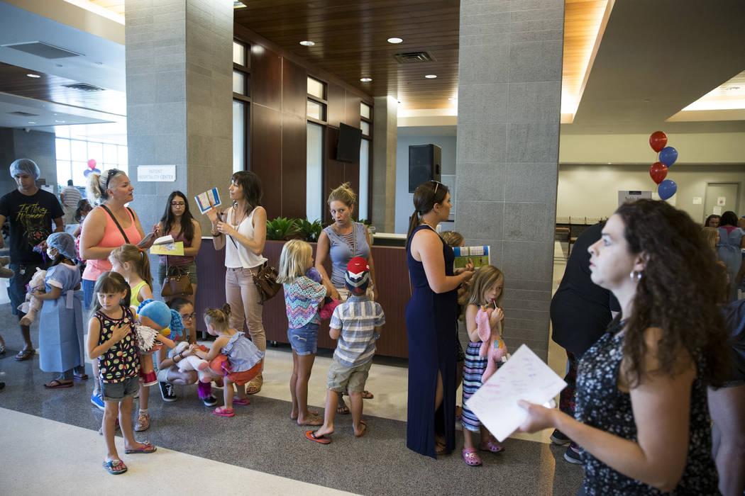 Parents and their children attend the Teddy Bear Clinic at Centennial Hills Hospital in Las Vegas on Wednesday, Aug. 2, 2017. Erik Verduzco Las Vegas Review-Journal @Erik_Verduzco