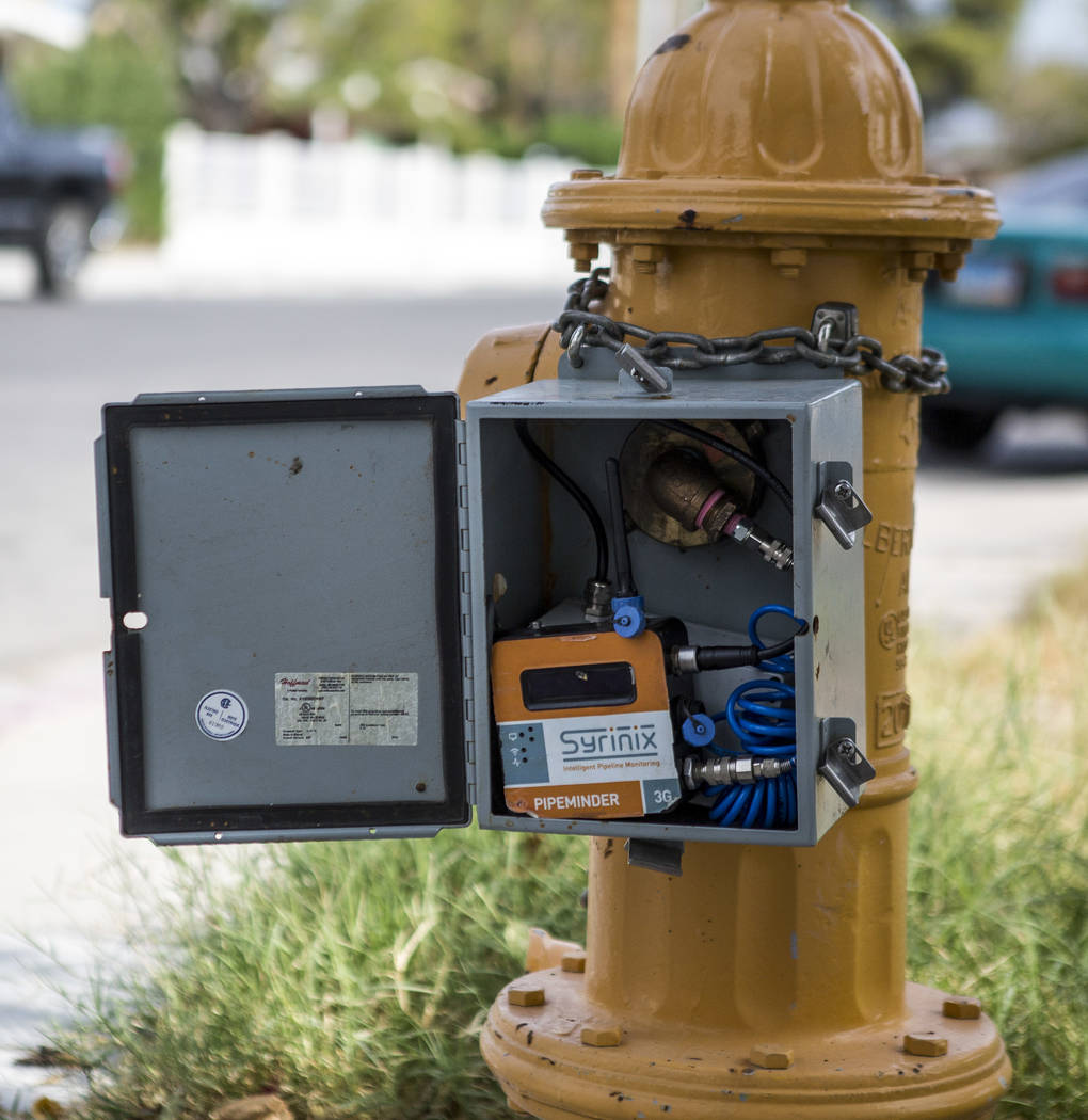 A Syrinix system used for recording water pressure at a hydrant near Sahara Avenue and Maryland Parkway on Thursday, Aug. 3, 2017. (Patrick Connolly/Las Vegas Review-Journal) @PConnPie