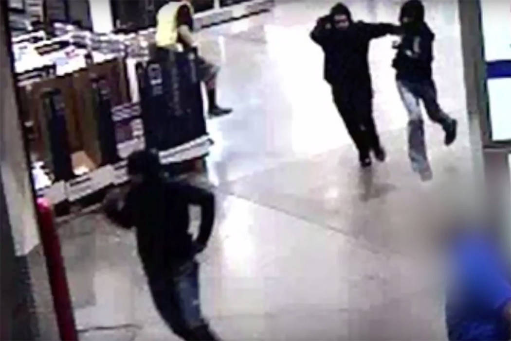 Robbery suspects at Costco in Summerlin (Las Vegas Metropolitan Police Department)
