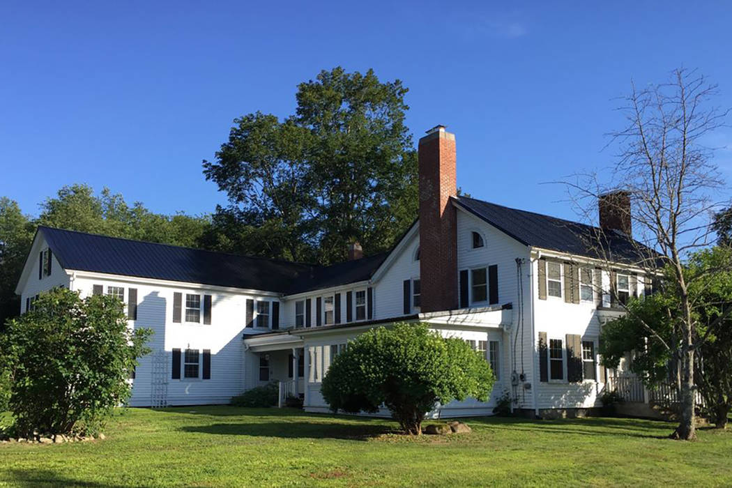 House that inspired stephen king s pet sematary for sale for King s fish house