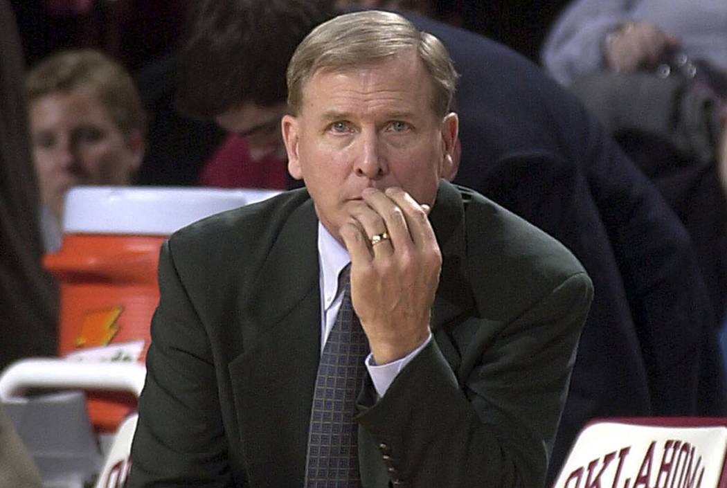 Baylor head coach Dave Bliss watches a game in 2003. (The Associated Press file)