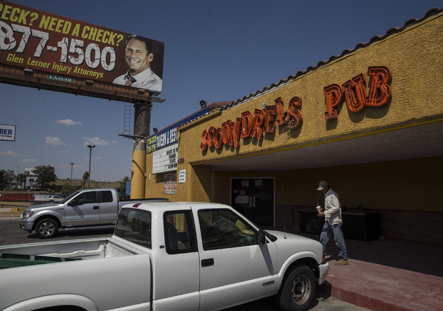 The exterior of Scoundrels Pub seen here on Thursday, Aug. 24, 2016, in Las Vegas. The building is now the home of Aloha Kitchen owner/operator Liza Ochiai's Jackpot Bar and Grill. Benjamin Hager/ ...