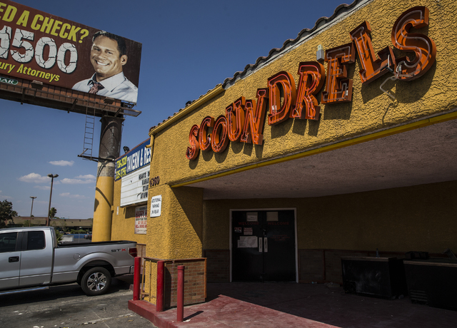 The exterior of Scoundrels Pub seen here on Thursday, Aug. 24, 2016, in Las Vegas. The building is now the home of Aloha Kitchen owner/operator Liza Ochiai's Jackpot Bar and Grill.  Benjamin Hager ...