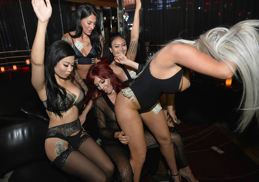 Reality Television Star Farrah Abraham Hosts VIP Key Party at Crazy Horse III in Las Vegas. (Bryan Steffy)