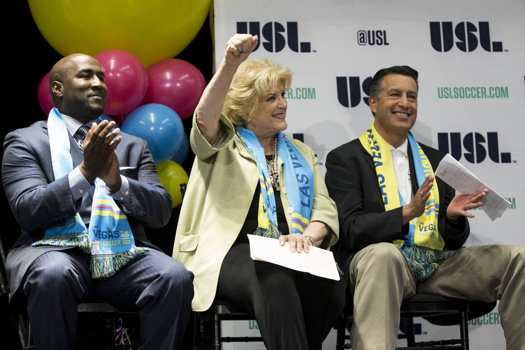 Las Vegas Councilman Ricki Barlow, from left, Mayor Carolyn Goodman, and Governor Brian Sandoval during an United Soccer League event to celebrate the newest team from Las Vegas in the league at t ...