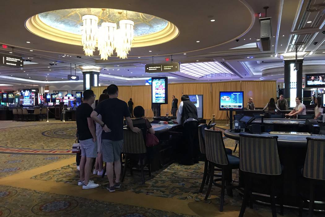 The casino at the Palazzo on the Las Vegas Strip remains open as Metro police investigate the stabbing of a security guard Wednesday morning, Aug. 9, 2017. (Elaine Wilson/Las Vegas Review-Journal)