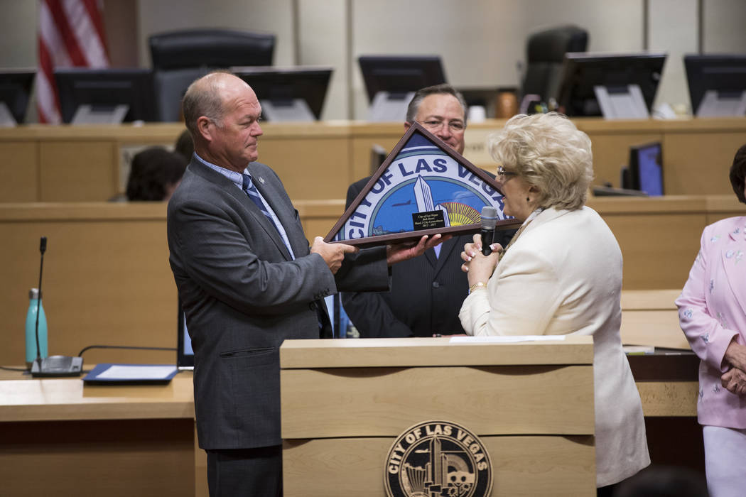 Las Vegas City Councilman Bob Beers, left, and Mayor Carolyn Goodman, during Beer's departure ceremony at Las Vegas City Hall on Wednesday, June 21, 2017. (Erik Verduzco/Las Vegas Review-Journal)