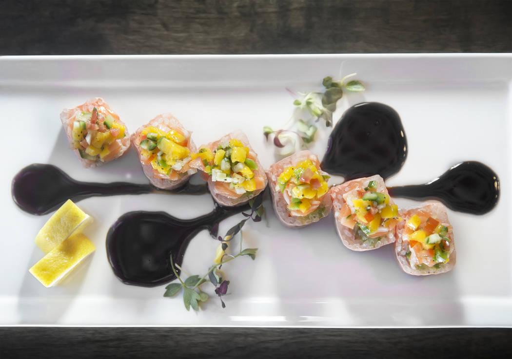 The pink lady, with shrimp, avocado, crunch, salmon and mango salsa at Umami on Saturday, Aug 12, 2017, in Las Vegas. Benjamin Hager Las Vegas Review-Journal @benjaminhphoto