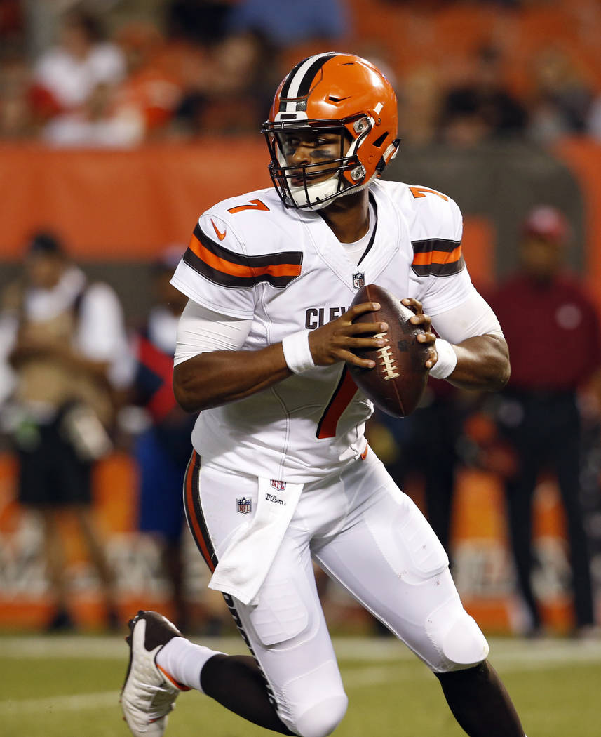 Cleveland Browns quarterback DeShone Kizer (7) looks to pass during the second half of an NFL preseason football game against the New Orleans Saints, Thursday, Aug. 10, 2017, in Cleveland. (AP Pho ...