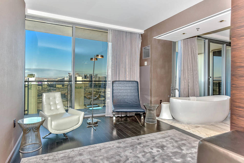 The master bath in a Palms Place unit. (Palms Place)