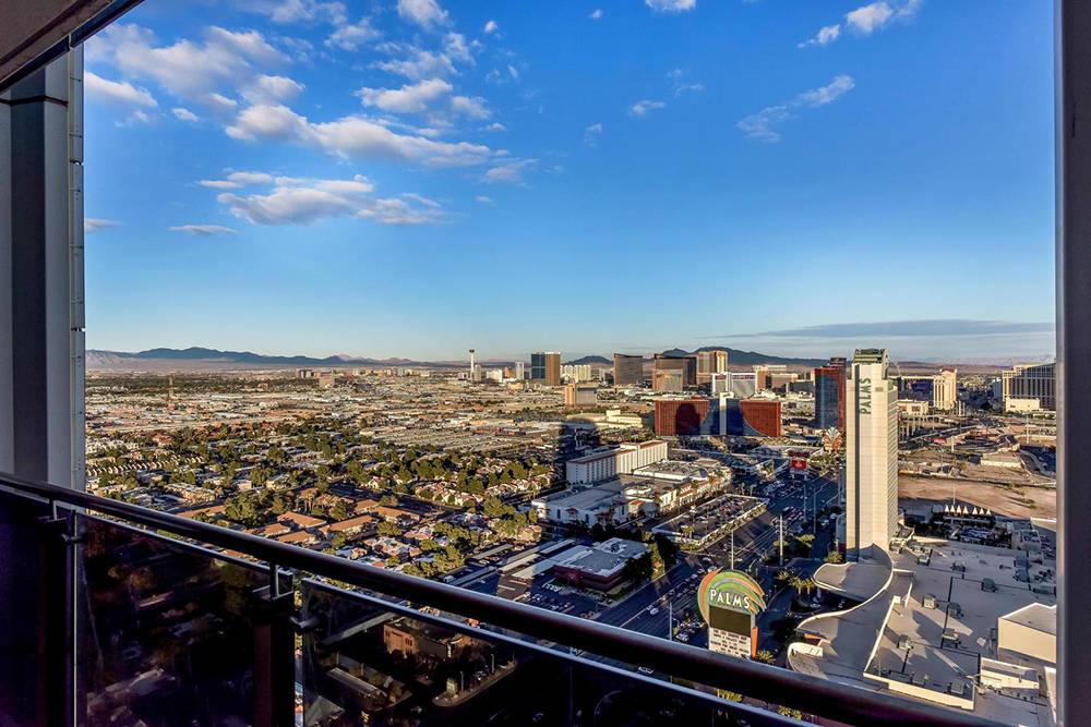 The view of the Strip from one of the high-rise units at Palms Place. (Palms Place)
