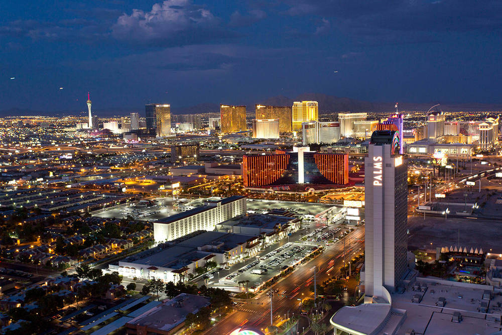 Real estate experts say the Las Vegas high-rise market is on a slight upswing. (Palms Place)