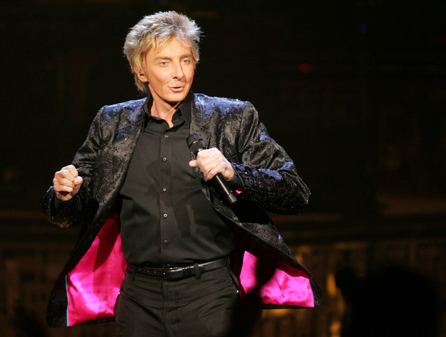 """Platinum recording artist Barry Manilow performs a song during his show show """"Manilow Music and Passion"""" at the Las Vegas Hilton hotel-casino, Saturday, Nov. 10, 2007. (Sara Tram ..."""