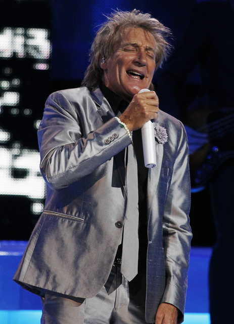 Rod Stewart performs in the Colosseum at Caesars Palace in Las Vegas on Nov. 6, 2013. (Jason Bean/Las Vegas Review-Journal)