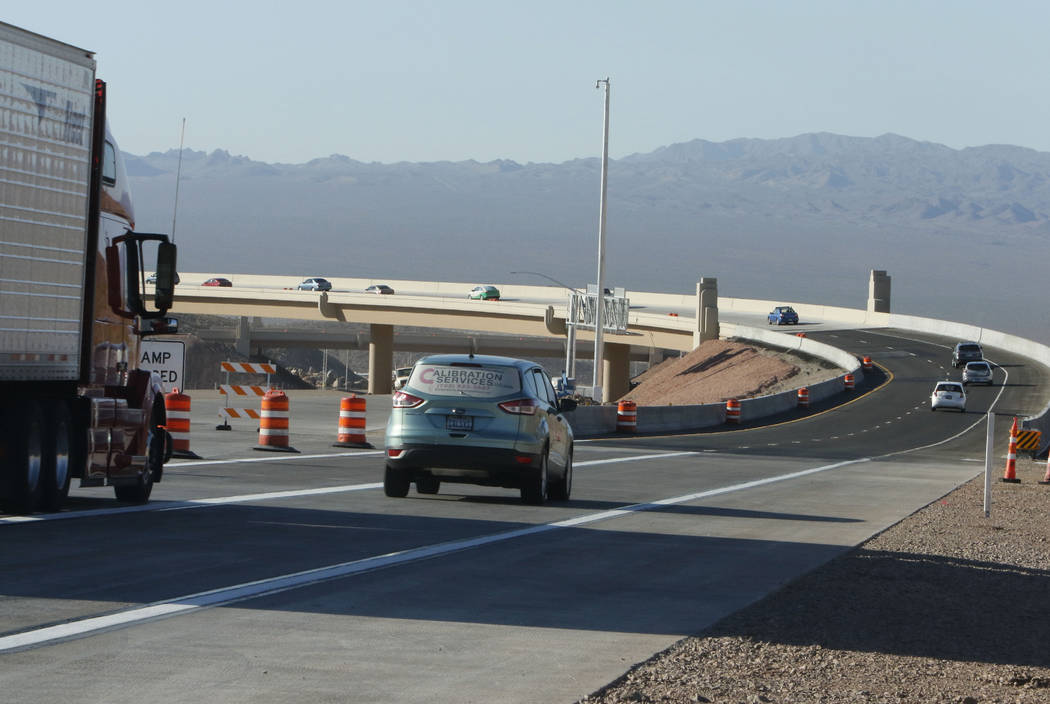 Motorist drive on the newly opened southbound Interstate 11 near the Railroad Pass hotel-casino in Henderson, Wednesday, Aug.16, 2017. (Bizuayehu Tesfaye/Las Vegas Review-Journal) @bizutesfaye