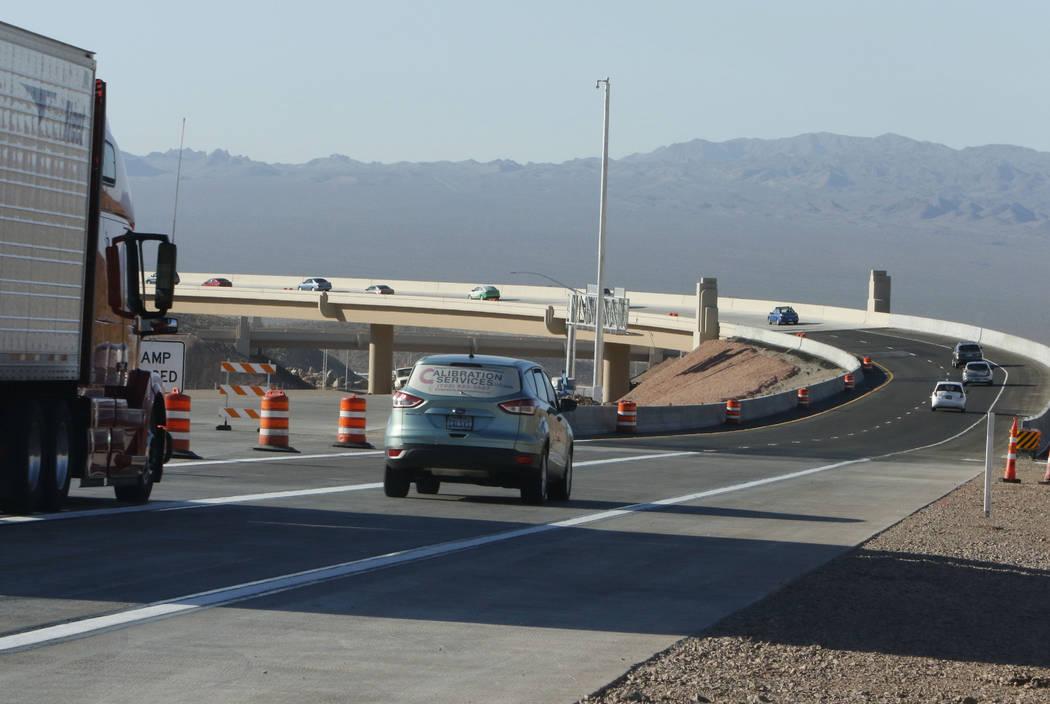 Motorist drive on the newly opened southbound Interstate 11 near the Railroad Pass hotel-casino in Henderson, Wednesday, Aug.16, 2017. (Bizuayehu Tesfaye/Las Vegas Review-Journal) @bizutesfaye