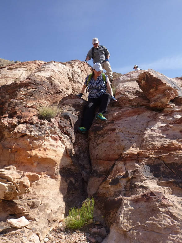 Overweight Hikers for Health members hiking earlier this year at the Calico Basin Trail. (Courtesy of Ronni Tomlinson/ OHH)