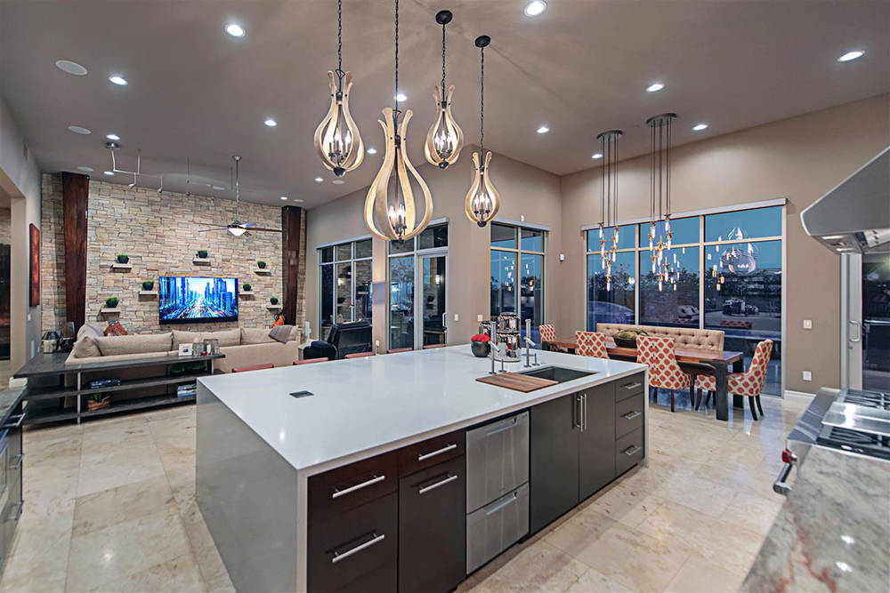 This home in The Ridges is listed at $2.8 million. The number of luxury home sales for 2017 are headed for 360, a post-recession record-breaker. (Luxury Homes of Las Vegas)