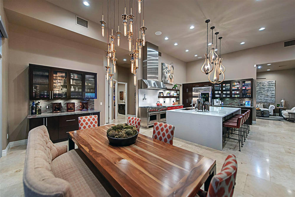 The Ridges in Summerlin is one of the high-end Las Vegas neighborhoods that have seen an increase in sales this year. This home is listed for $2.8 million. (Luxury Homes of Las Vegas)