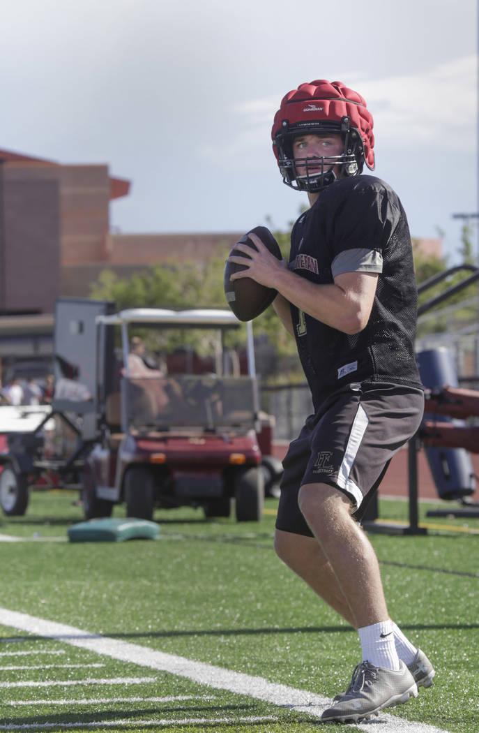 Faith Lutheran quarterback Sagan Gronauer (7)warms up during practice at Faith Lutheran High School in Las Vegas, on Monday, Aug. 21, 2017.  Gabriella Angotti-Jones Las Vegas Review-Journal @gabri ...