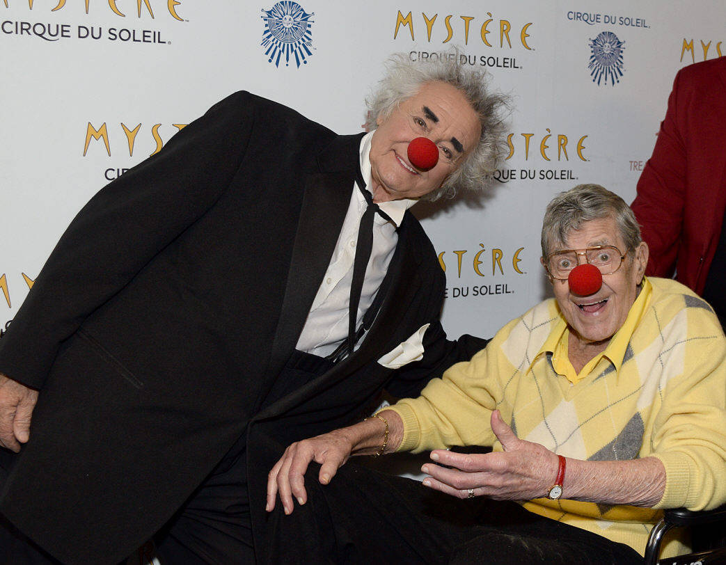 """Cirque du Soleil's """"Mystere"""" cast member Brian Dewhurst and Jerry Lewis at the show Tuesday, March 14, 2017, at T.I. in Las Vegas. (Cirque du Soleil)"""