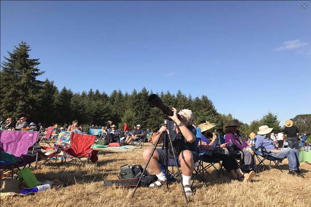 Solar eclipse watchers get ready in Springfield, Oregon, which will experience a total eclipse. (Rachel Crosby/Las Vegas Review-Journal)