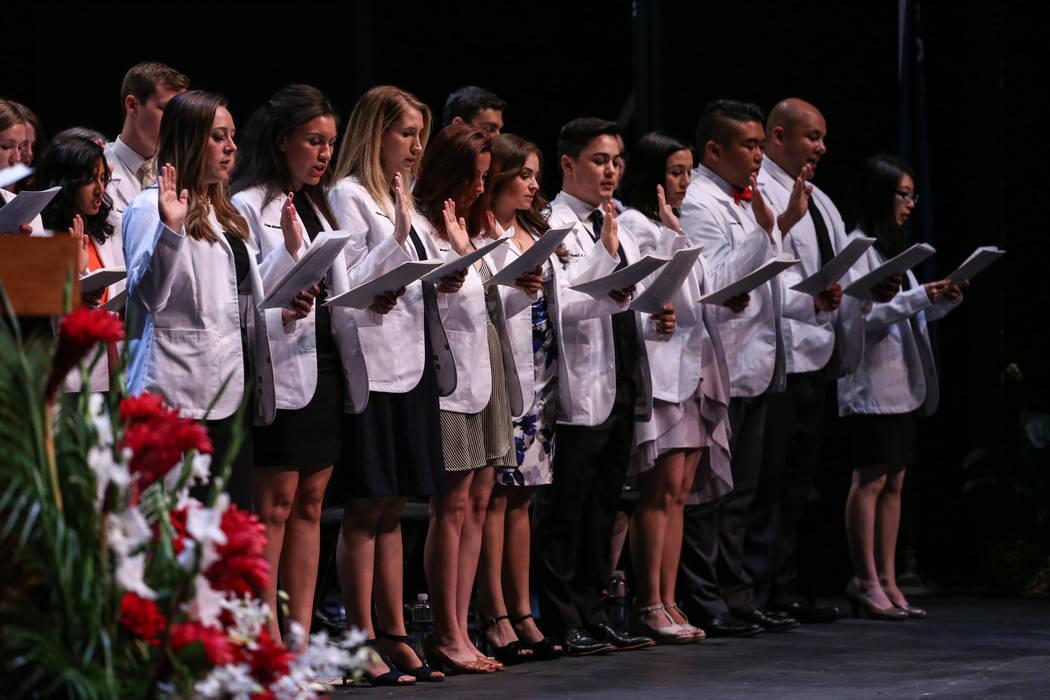 Students recite a class oath during UNLV School of Medicine's white coat ceremony in Las Vegas on Aug. 25, 2017. Joel Angel Juarez Las Vegas Review-Journal @jajuarezphoto