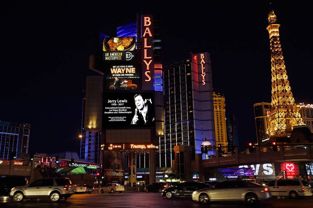 The marquee at Ballys Hotel and Casino displays an image of legendary comedian, entertainer and humanitarian, Jerry Lewis Monday, Aug. 21, 2017, in Las Vegas. Resort properties and businesses thro ...