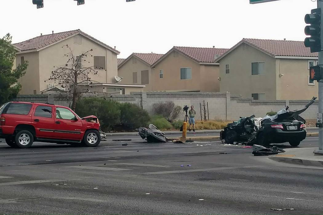 A man was in custody after a hit-and-run accident fat Stewart Avenue and Christy Lane in east Las Vegas, Monday, Aug. 21, 2017. (Max Michor/Las Vegas Review-Journal)