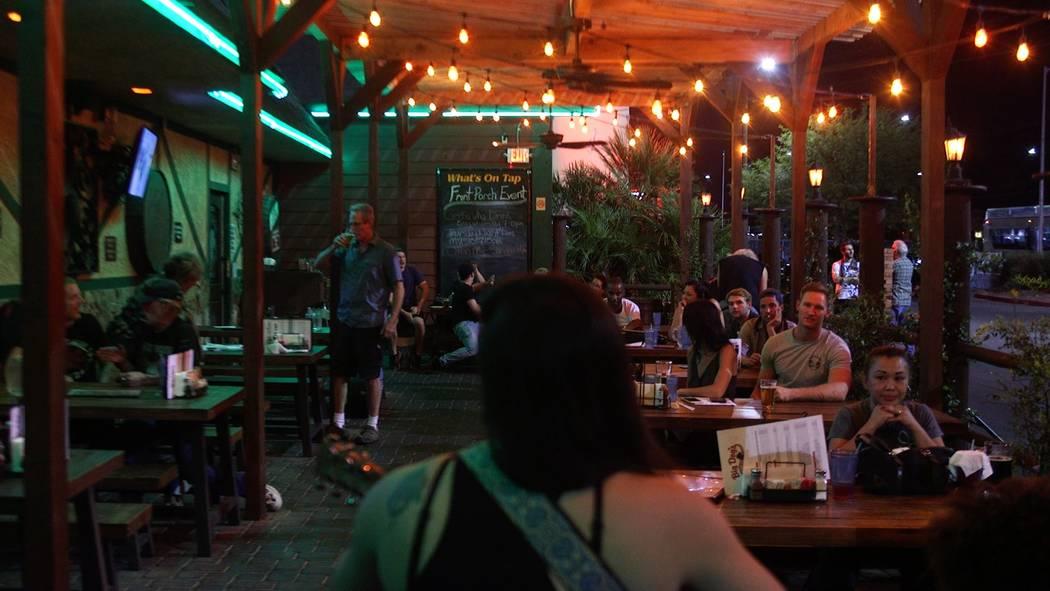 Jessica Manalo plays her guitar (Rachel Aston/Las Vegas Review-Journal)