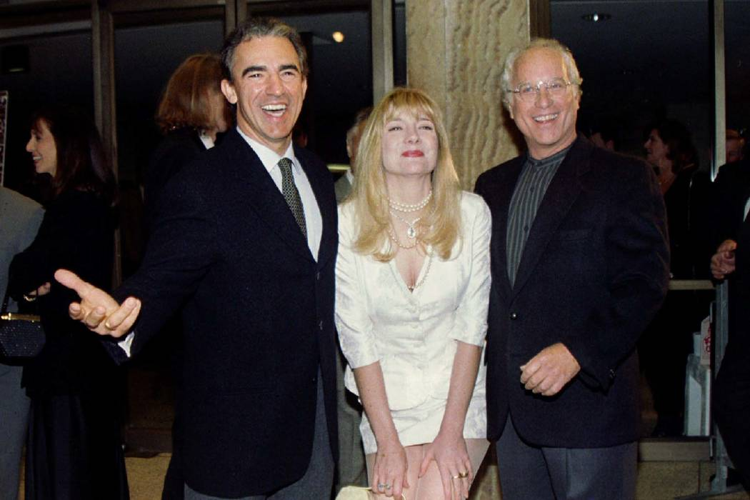 "Jay Thomas, left, Glenne Headly and Richard Dreyfuss starred in ""Mr. Holland's Opus."" Thomas has died of cancer. (Reuters)"