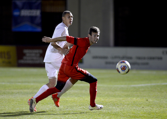 Danny Mosovski, right, shown last season, had a goal and an assist in helping UNLV to a season-opening 3-2, double-overtime win at Portland on Friday. (Courtesy/Abraham Gebreegziabher)