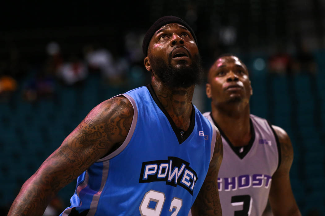 Power's Deshawn Stevenson (92) and Ghost Ballers' Marcus Banks (3) look up after a ball was shot during the first half of the runner-up game of the Big 3 Championship at the MGM Grand Garden Arena ...