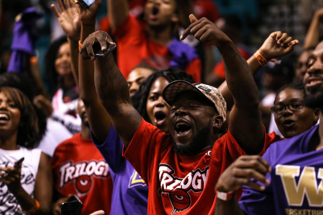 DeVon Gray cheers between games at the Big 3 Championship at the MGM Grand Garden Arena in Las Vegas on Aug. 26, 2017. Joel Angel Juarez Las Vegas Review-Journal @jajuarezphoto