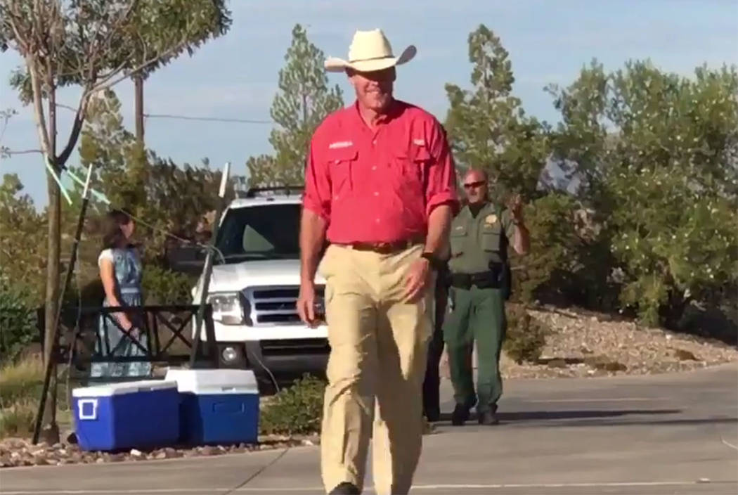 Interior Secretary Ryan Zinke arrives in Bunkerville on Sunday. (Keith Rogers/Las Vegas Review-Journal)