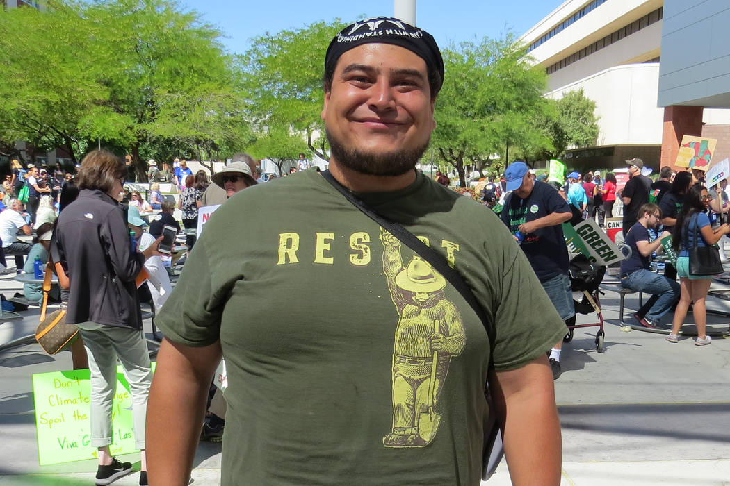 Organizing representative Christian Gerlach is one of four paid staffers for the Sierra Club's Southern Nevada Group (El Tiempo/Anthony Avellaneda).