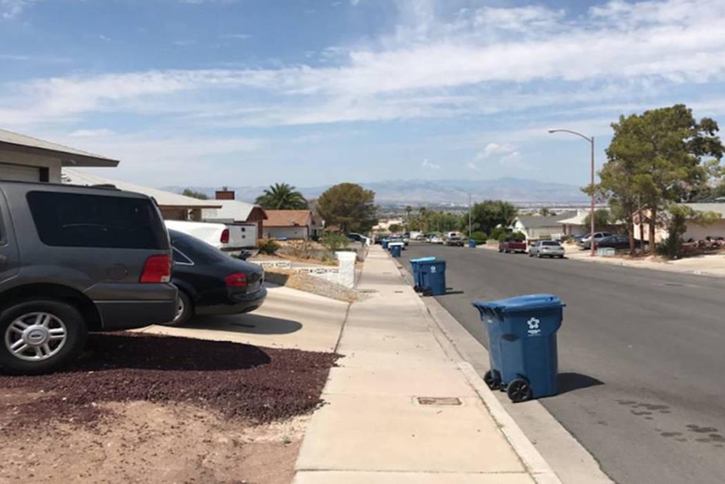 Police secure the 6800 Fallona Avenue in northeast Las Vegas on Aug. 31. (Blake Apgar/Las Vegas Review-Journal)