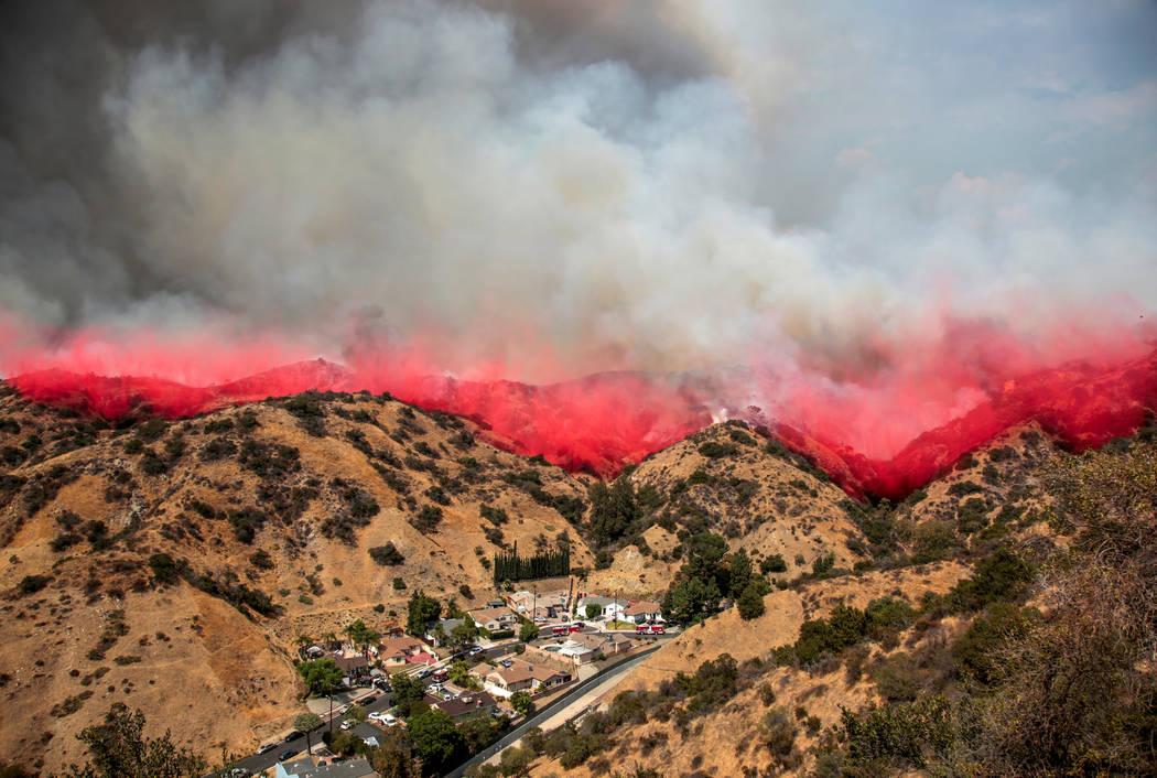 The La Tuna Canyon fire over Burbank, California, Sept. 2, 2017. (Kyle Grillot/Reuters)