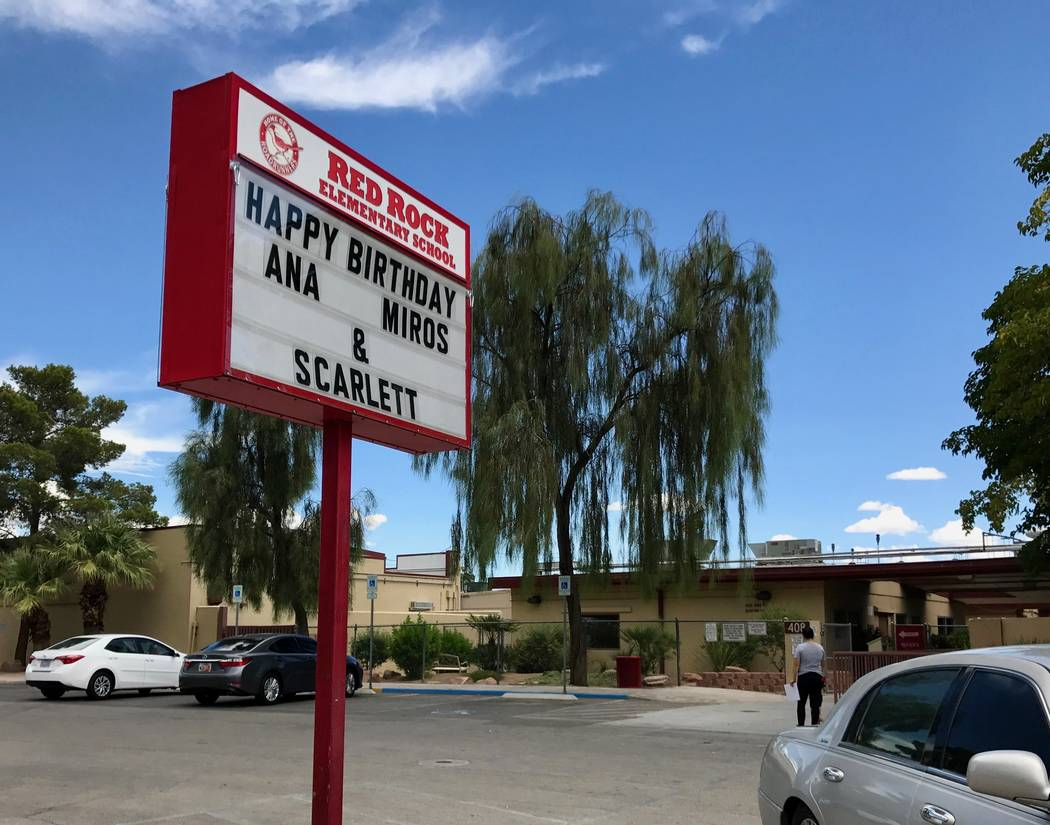 Red Rock Elementary School in southwest Las Vegas. (Madelyn Reese/View) @MadelynGReese