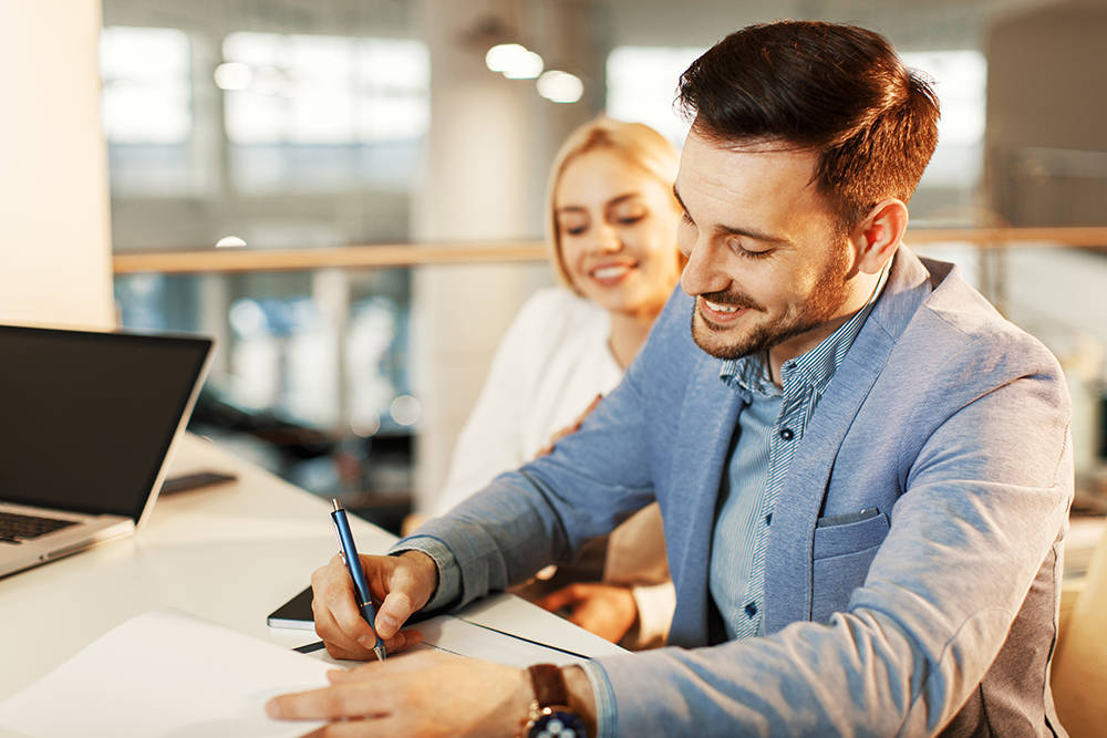 Experts suggest homebuyers take the time to understand the details of the benefits and drawbacks of different types of loans before making a decision. (Thinkstock)