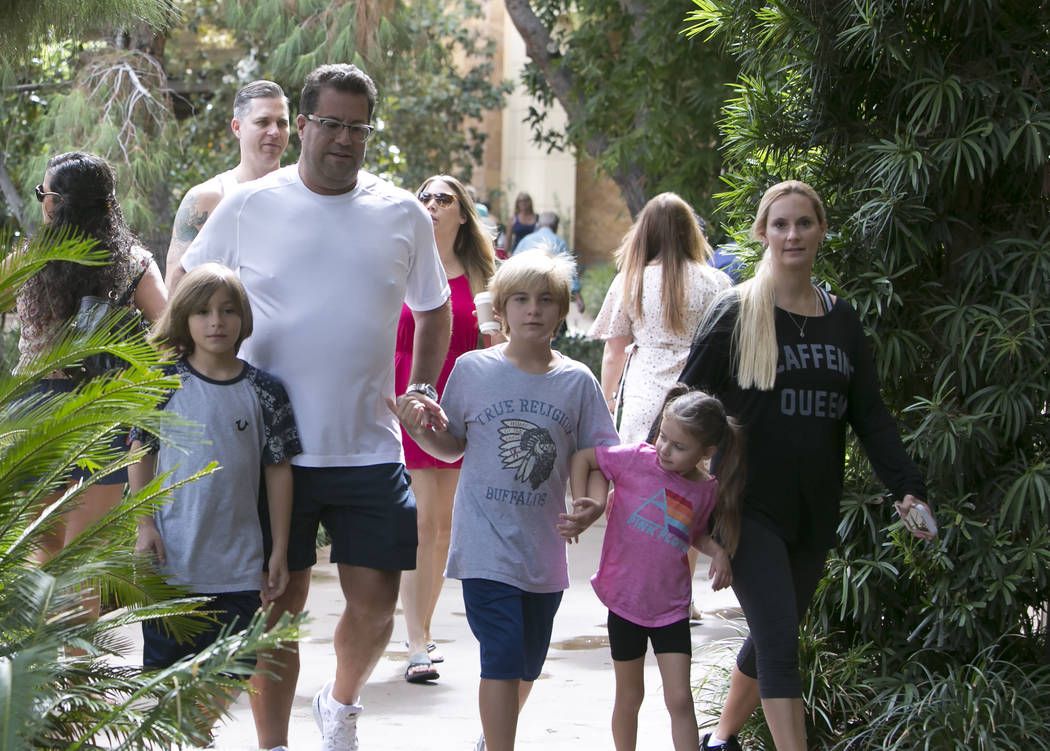 Tammy Dorfman, right, her husband David Feldbaum, her children Ariel Feldbaum, 9,  left, his twin brother Aaron and Aaliyah Dorfman, 4, walk inside Wynn hotel-casino on Saturday, Sept. 9, 2017. Do ...